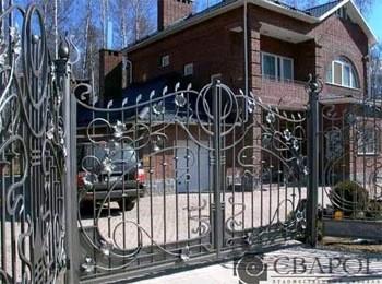Ворота Сварог, Клин